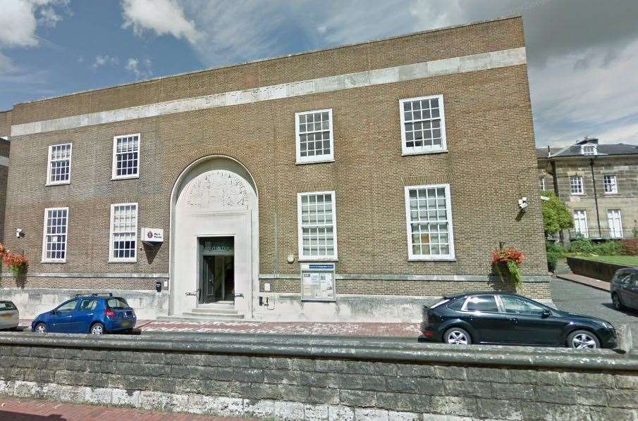 Tunbridge Wells Police Station could be sold off (10360326)