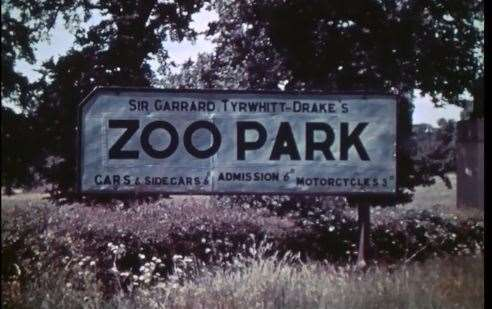 The sign at the entry to the new zoo