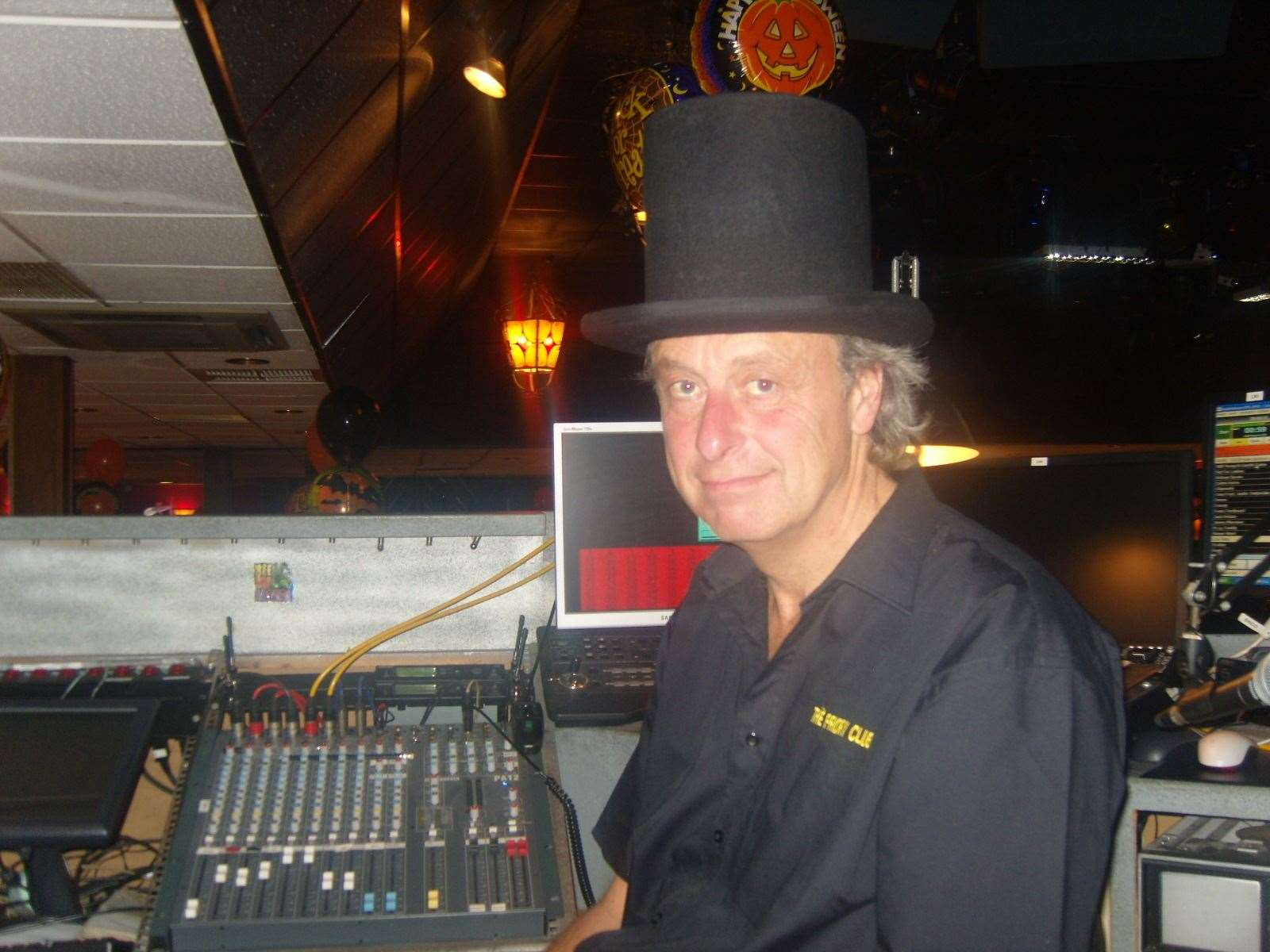 Mike Butcher in fancy dress top hat during a disco night at Priroy Hill Holiday Park, Leysdwon (10138555)