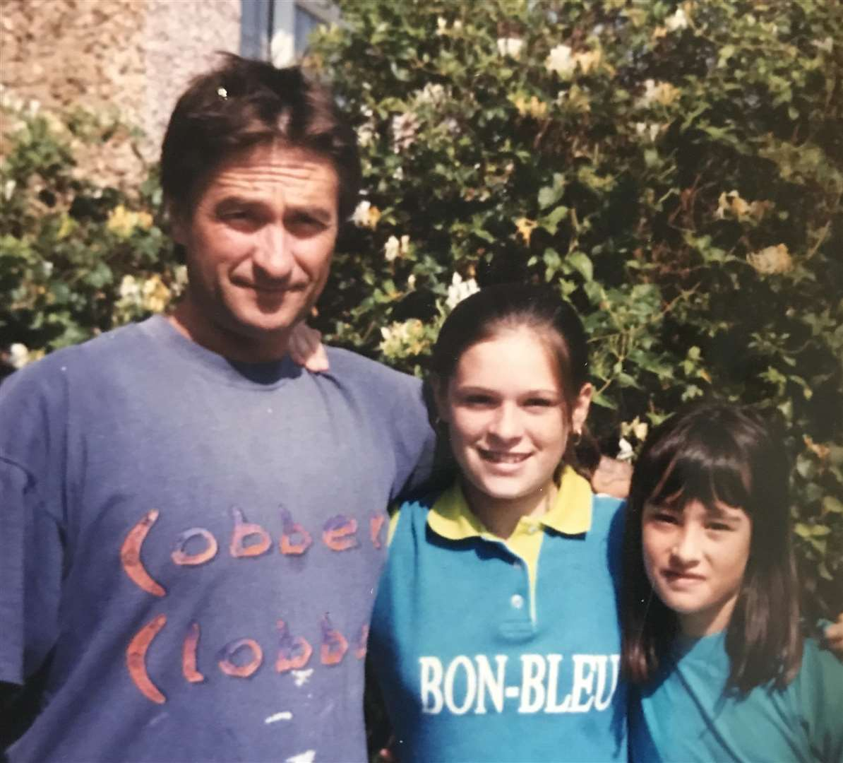 John Westrop with Natalie and Hayley as children (5249146)