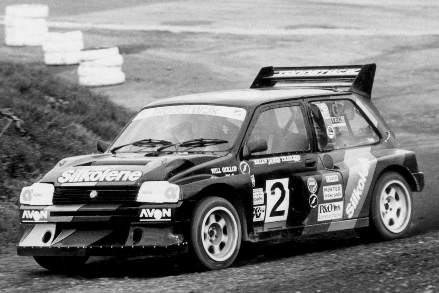 Will Gollop aboard his iconic MG Metro 6R4 at Lydden