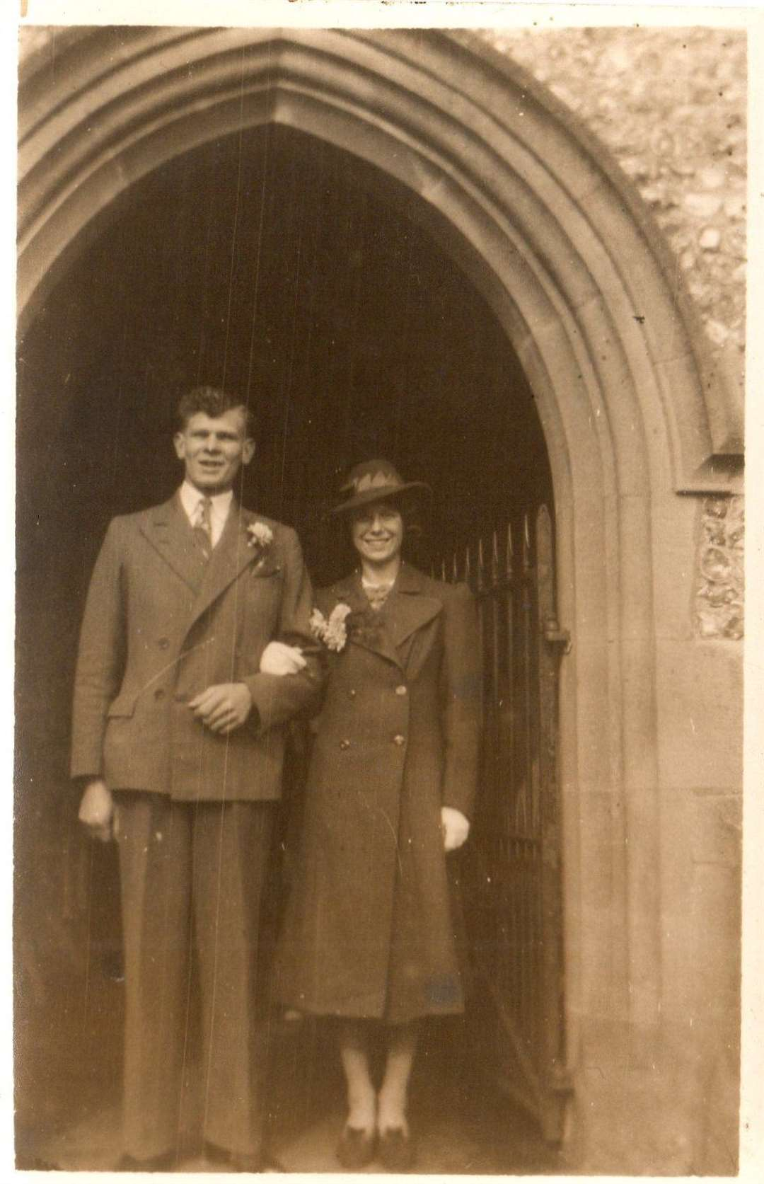 Wilfred George Honey, who died while on duty four days after his 21st birthday in 1941, marriedViolet May Holdstock onMarch 16, 1940 in St John the Baptist Church, Bredgar, when Wilfred was 20 and Violet was 18 (21096161)