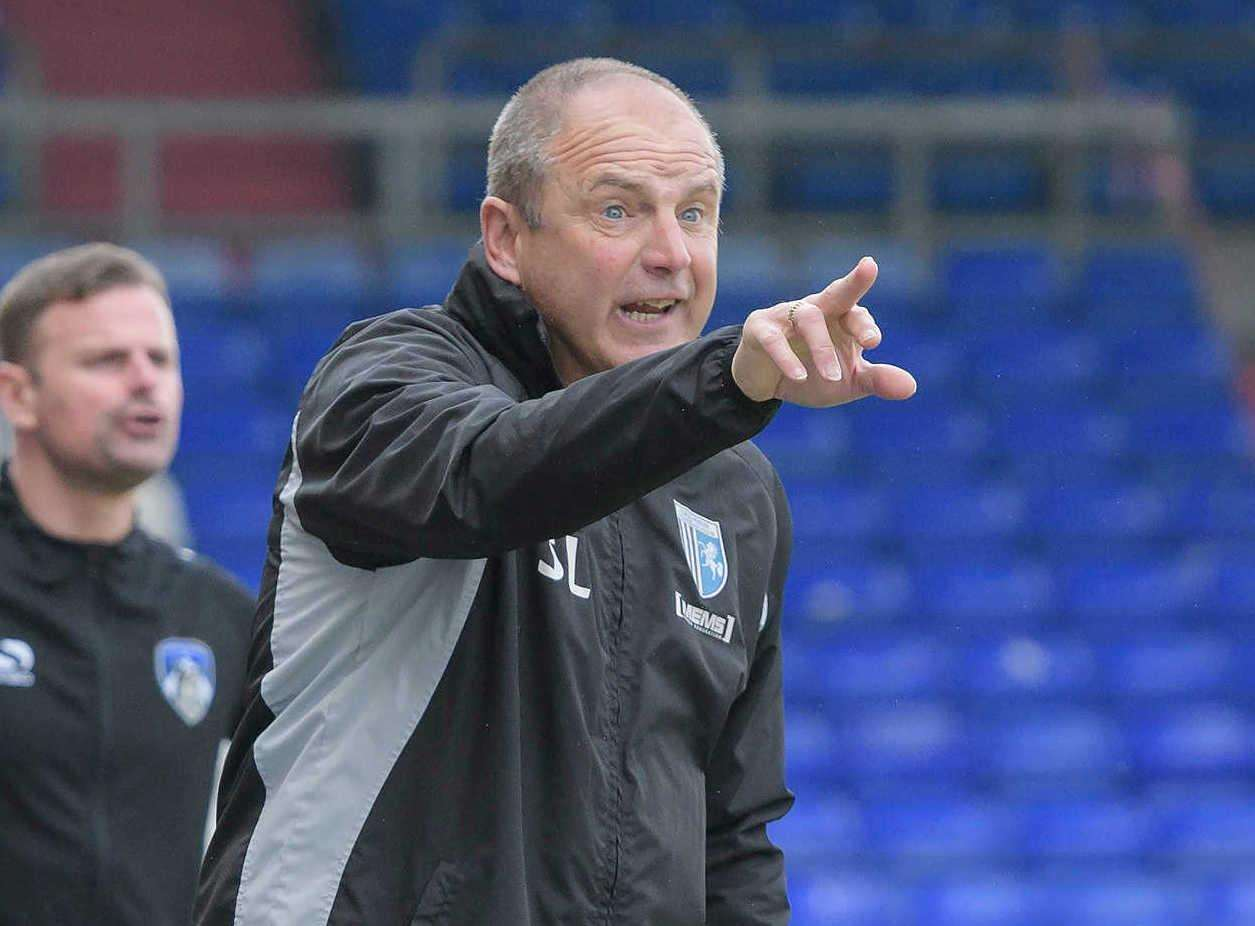 Steve Lovell on the touchline at Oldham Picture: Andy Payton (1495088)